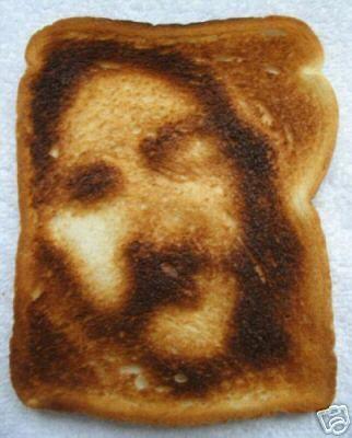 false Jesus seen on toast