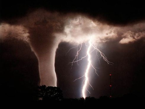Top-5-most-destructive-extreme-weathers-5