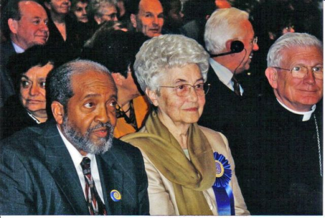 2.Imam-Mohammed-w-Blessed-Lady-Chiara-Lubich-and-Cardinal-Keeler